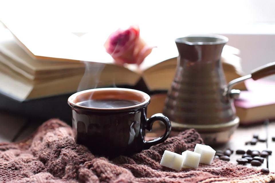 membuat kopi tubruk