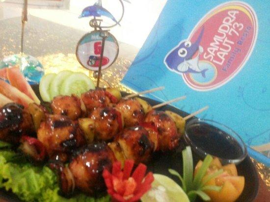 restoran samudra laut 73